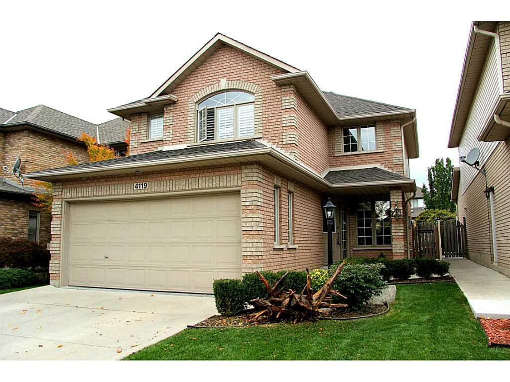Photo of: MLS# H3193374 4119 Forest Run Avenue, Burlington |ListingID=102