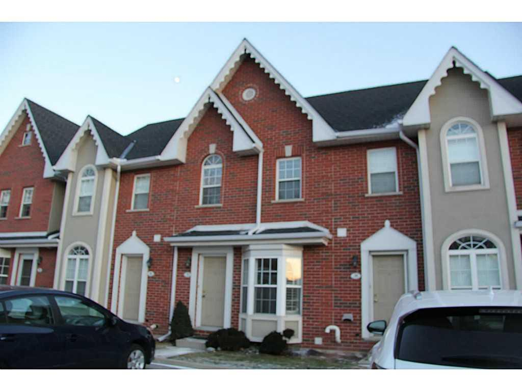 Photo of: MLS# H3197004 37-4200 Kilmer Drive, Burlington |ListingID=105