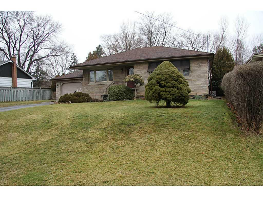 Photo of: MLS# H3197805 1056 Shepherd's Drive, Burlington |ListingID=107