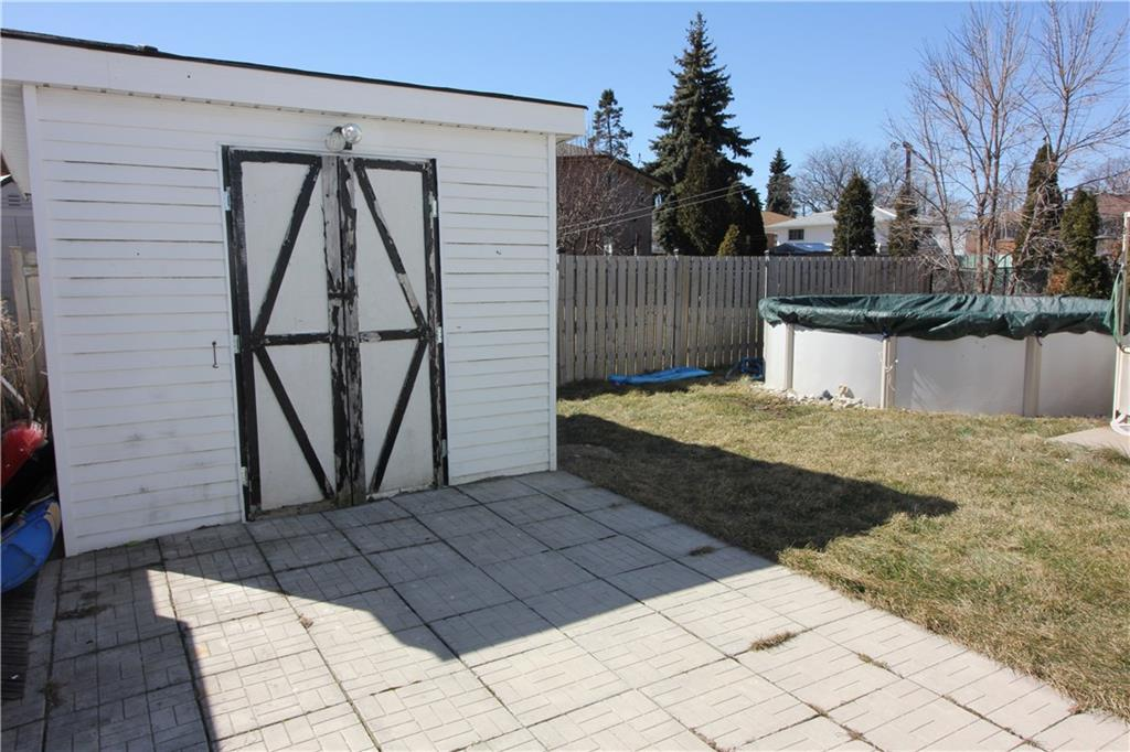 Photo of: MLS# H4048970 940 Mohawk Road E , Hamilton